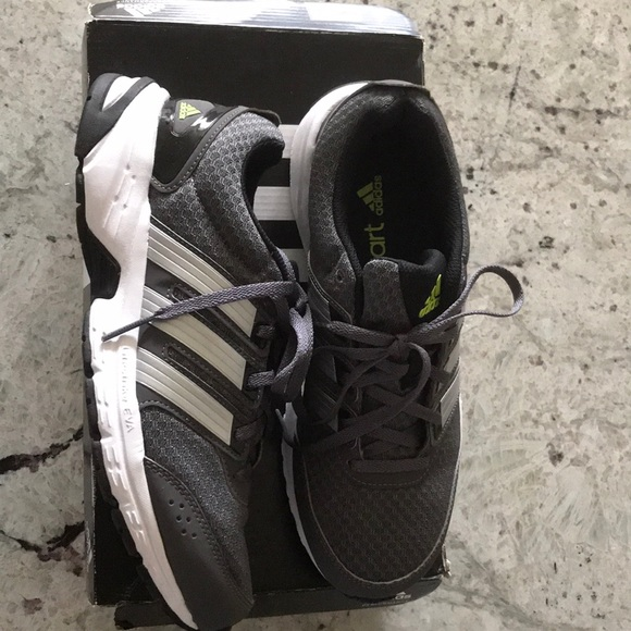d9f115937cb2 adidas Other - Adidas Madison rnr m Men s Shoes Size 7 Grey White